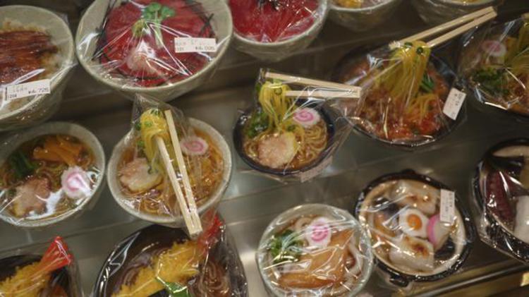 Les sampuru, faux plats en plastique japonais (©David/Creative Commons)